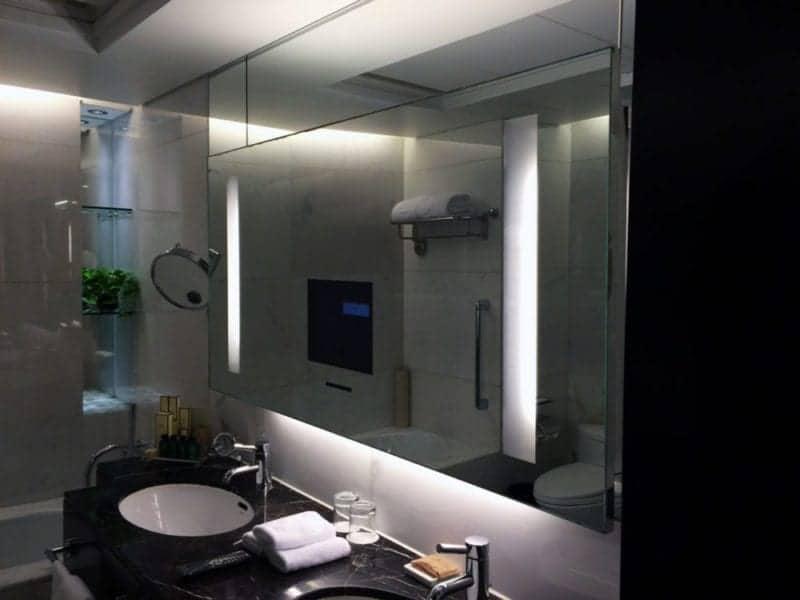 luxury Valley Wing Premier Room at the Shangri-La Beijing