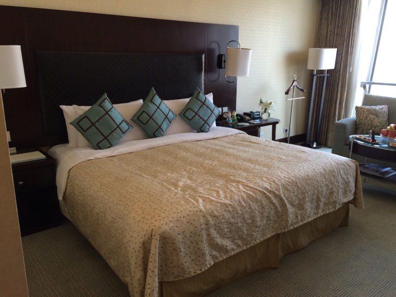 Horizon Club King room in the Shangri-La Xian