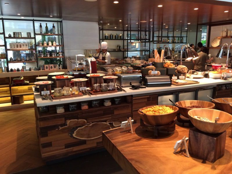 Review of the First Shangri-La - Singapore
