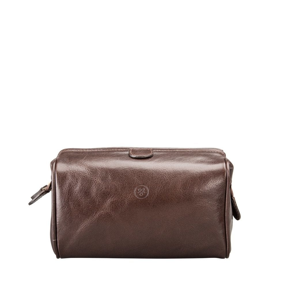 Product Review – The Luxurious Raffaelle Leather Washbag from Maxwell Scott Bags