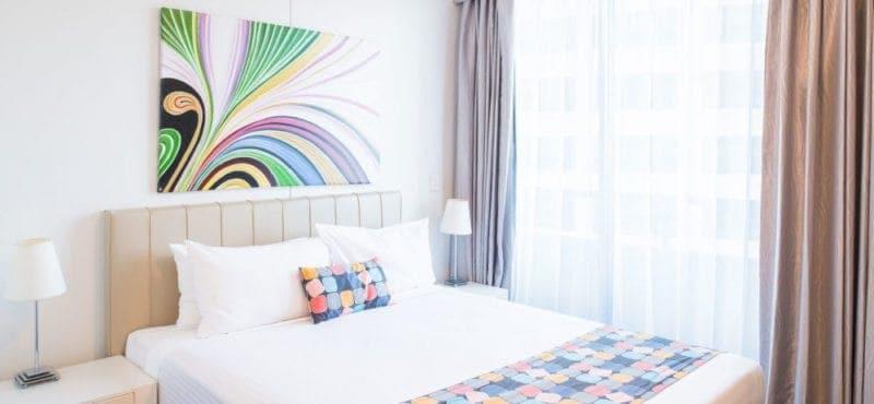 seasons-harbour-plaza-sydney-room-one-bedroom-deluxe-03