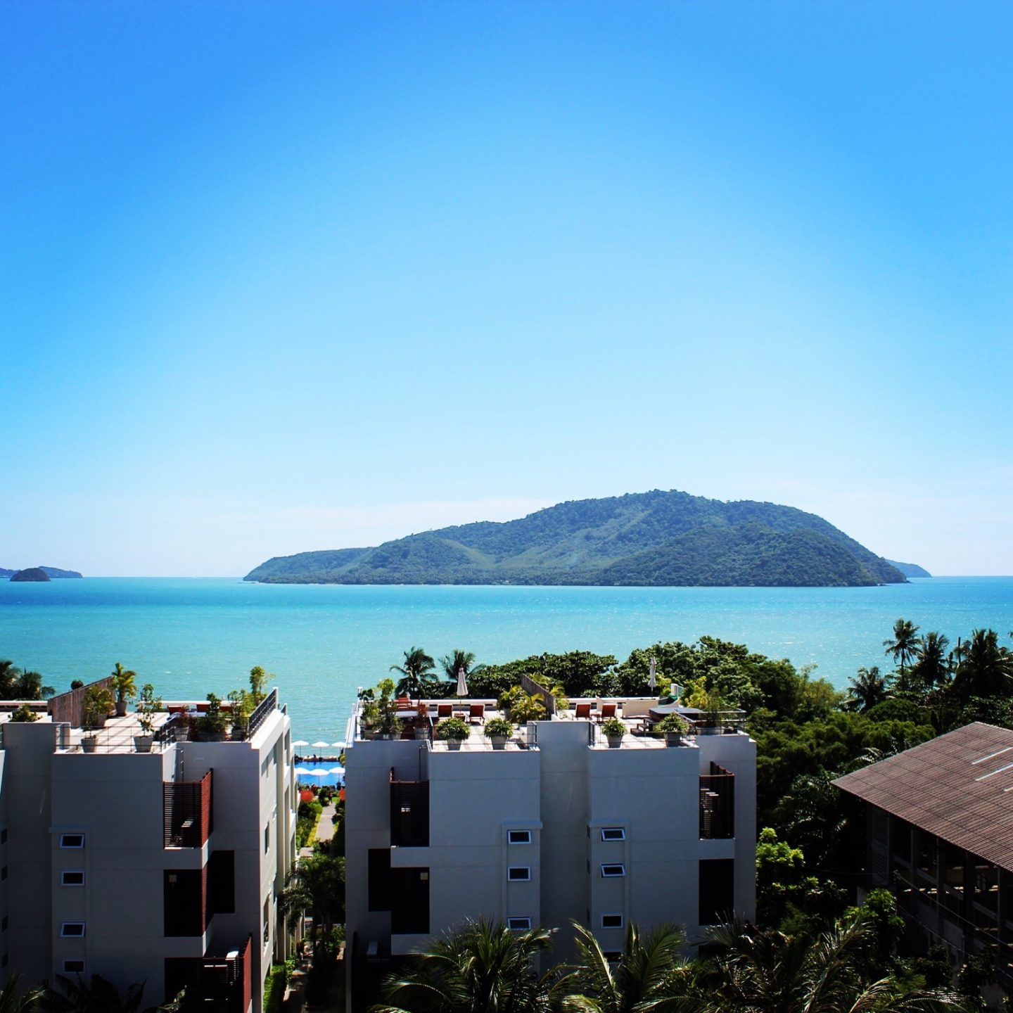 Where to stay in Phuket – Where the party is or calm and relaxed? The Best Places to Stay in Phuket!