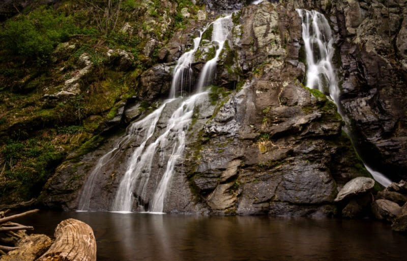 shenandoah-national-park-of-waterfall-into-a-pool