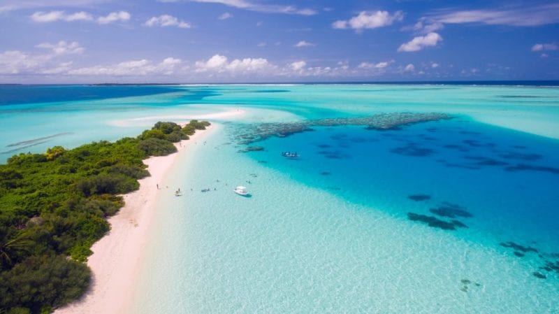 Where to Stay - The Best Honeymoon Resorts in Maldives
