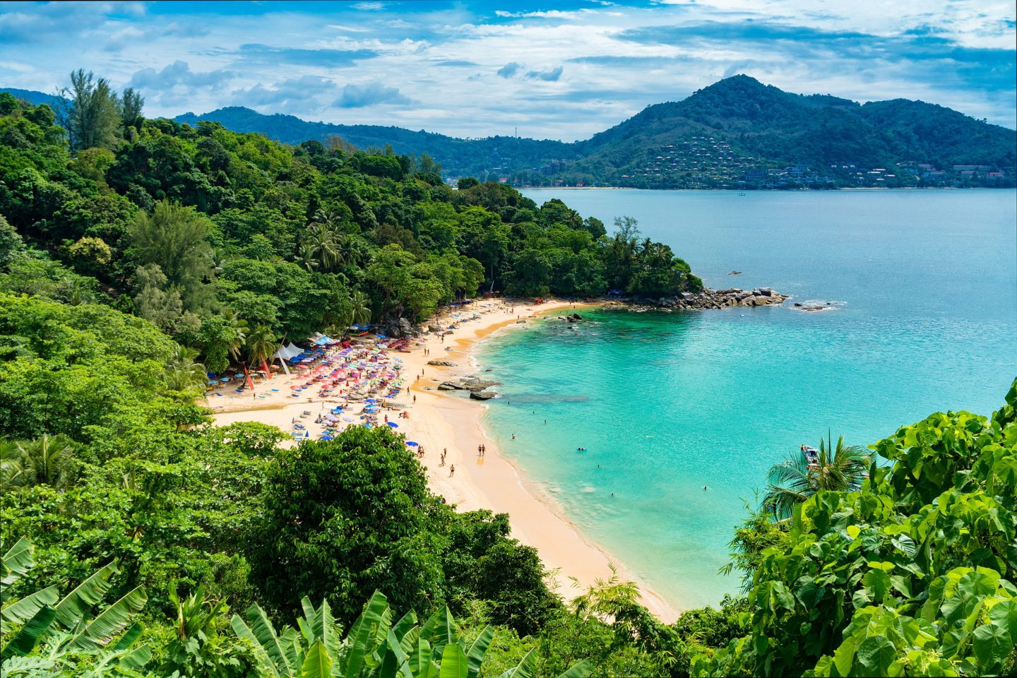 Phuket or Krabi – Choosing the Perfect Destination for your Thailand Trip