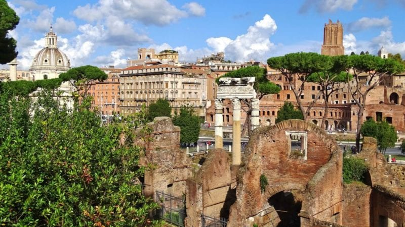 The Roman forum - Where to Stay in Rome – Close to Famous Attractions