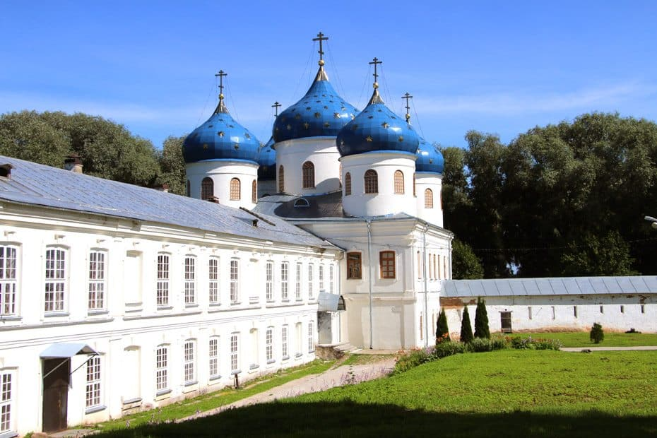 Budget guide to traveling Russia. Veliky Novgorod
