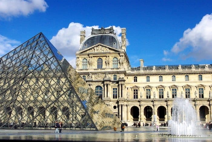 Travel Tips for Visiting Paris on a budget - Cour Napoléon Louvre and Pyramid
