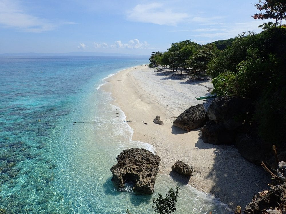 Oslob beach - Where to stay in Cebu - Philippines Travel Guide