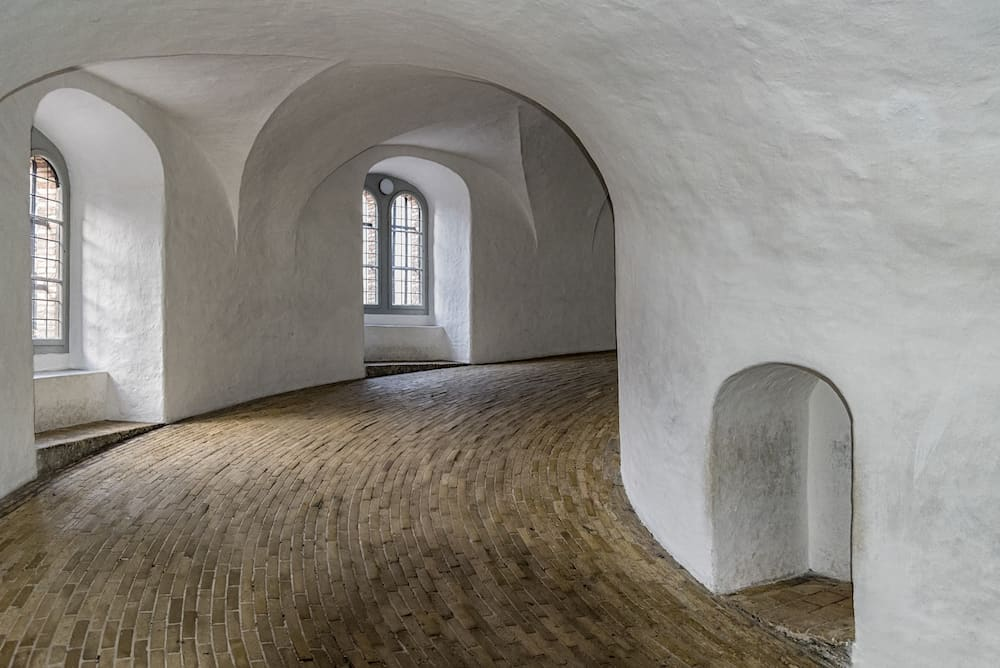 The Rundetaarn (Round Tower) is a 17th-century tower located in central Copenhagen Denmark.
