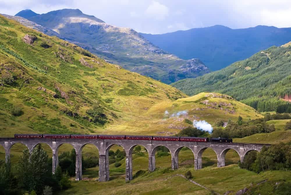 bridge Glenfinnan Viaduct in Scotland . .