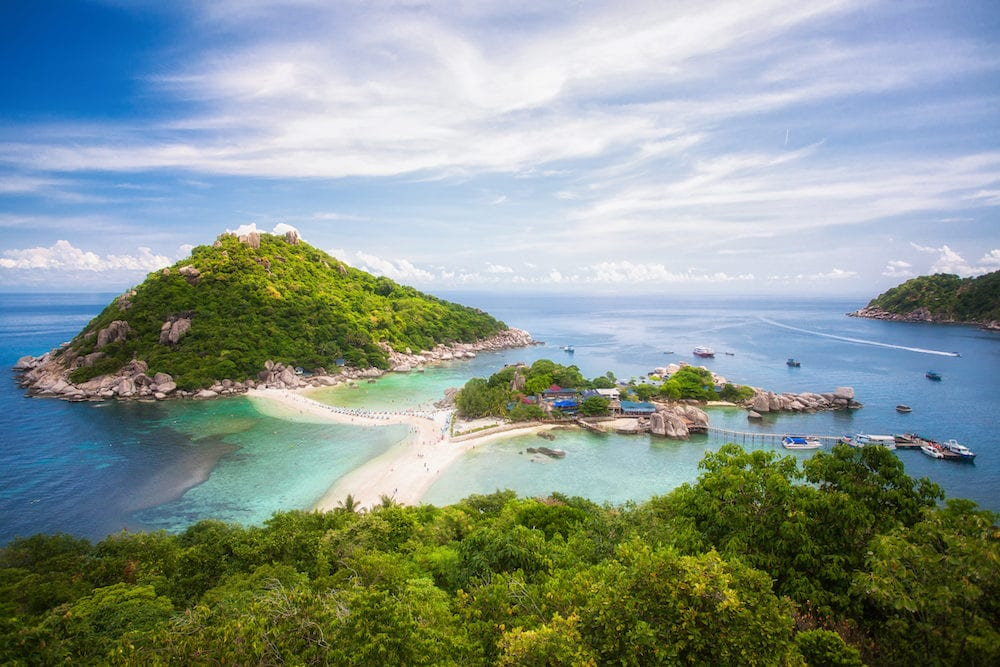 Nang yuan island option for travel koh samui koh tao koh Pangan tranportation by speed boat blue sea rock and place for diving in Thailand