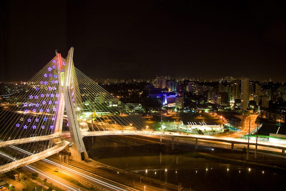 Picture of an awesome bridge built over the Pinheiros River in the city of Sao Paulo Brazil