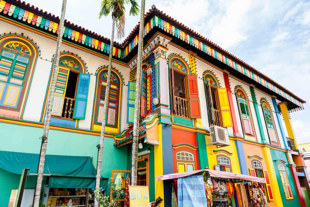 SINGAPORE - The colorful house of Tan Teng Niah in Singapore's Little India. This eight-room Chinese villa was built by Chinese businessman Tan Teng Niah in 1900. It's the last surviving Chinese villa in Little India.