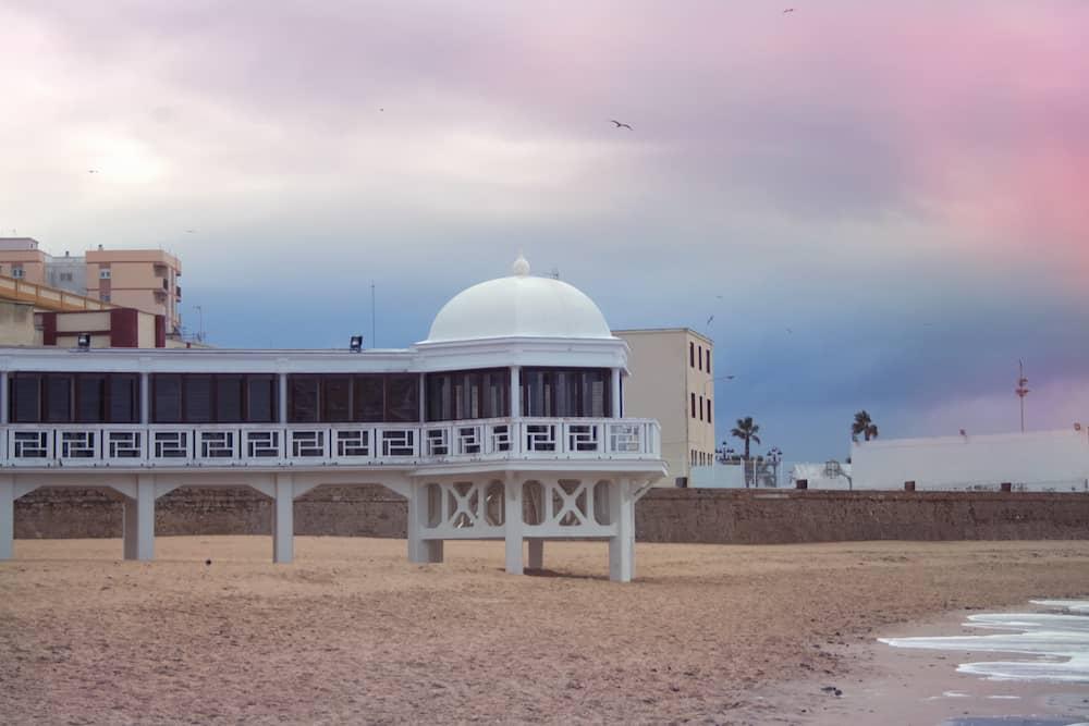 La Caleta beach is the most popular of Cadiz