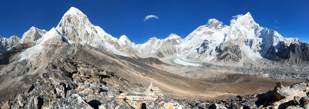 Panoramic view of Mount Everest, Lhotse, Nuptse, Pumo Ri and Kala Patthar, way to Everest base camp, Sagarmatha national park, Khumbu valley, Solukhumbu, Nepal Himalayas mountains