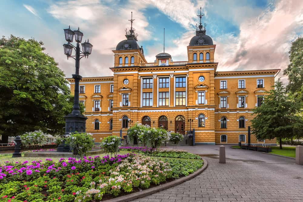 Oulu City Hall (Oulun kaupungintalo) is the seat for the municipal government of the City of Oulu Finland. It is located in the Pokkinen district of the central Oulu.