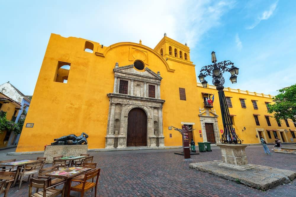 CARTAGENA COLOMBIA - : Santo Domingo plaza and church with a Fernando Botero statue in Cartagena Colombia