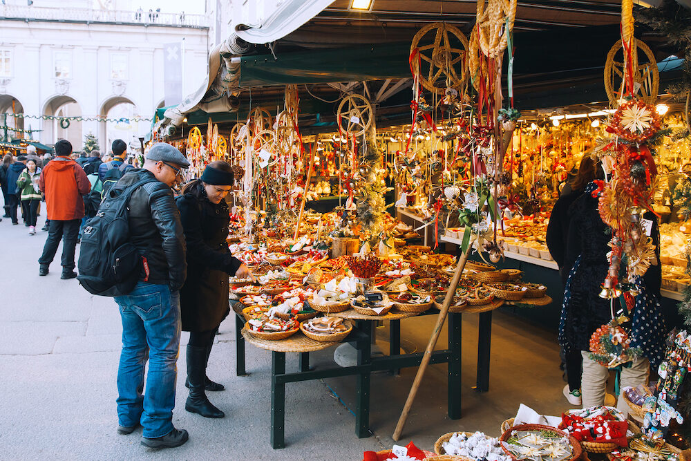 SALBURG AUSTRIA - : Salzburg christmas market on December 25 in Salzburg Austria. Christmas in Europe.
