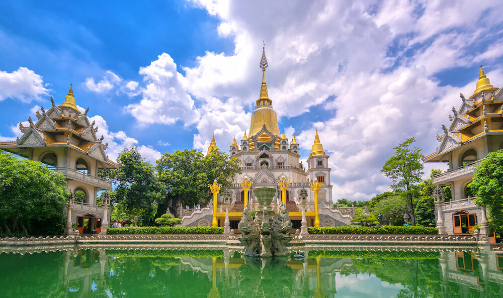 Ho Chi Minh city, Vietnam - : Buu Long Pagoda with nice architecture. This considered wonder of the world. A peacefull place to calm your mind and soul in Ho Chi Minh City, Vietnam