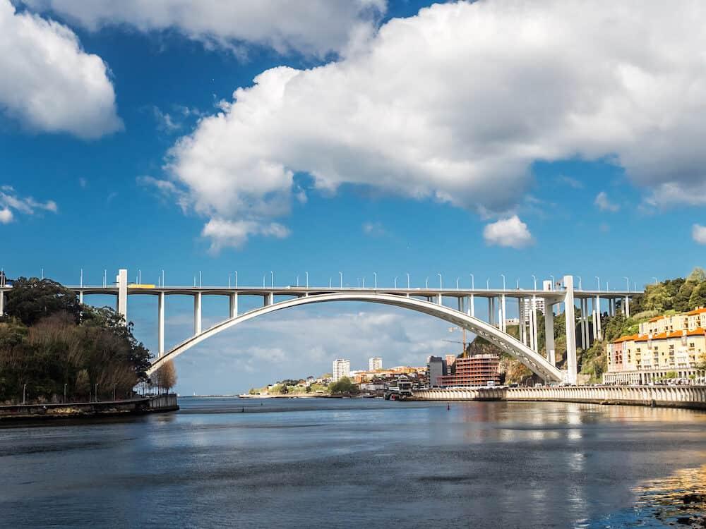 Concrete Arrábida Bridge over the Duoro river, Porto, Portugal