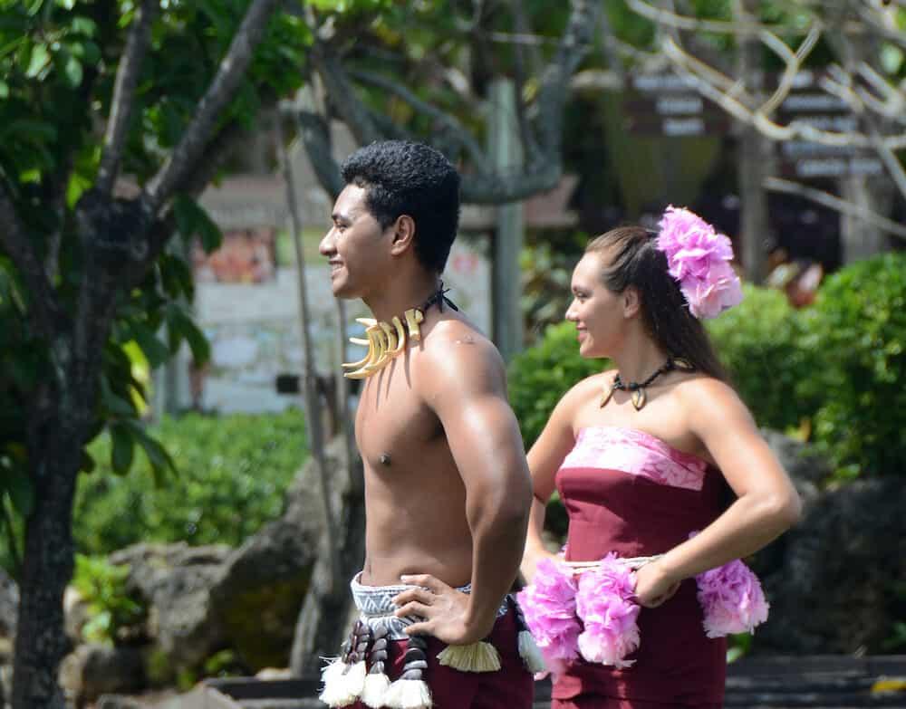 Samoan dancers show traditional arts during street festivities