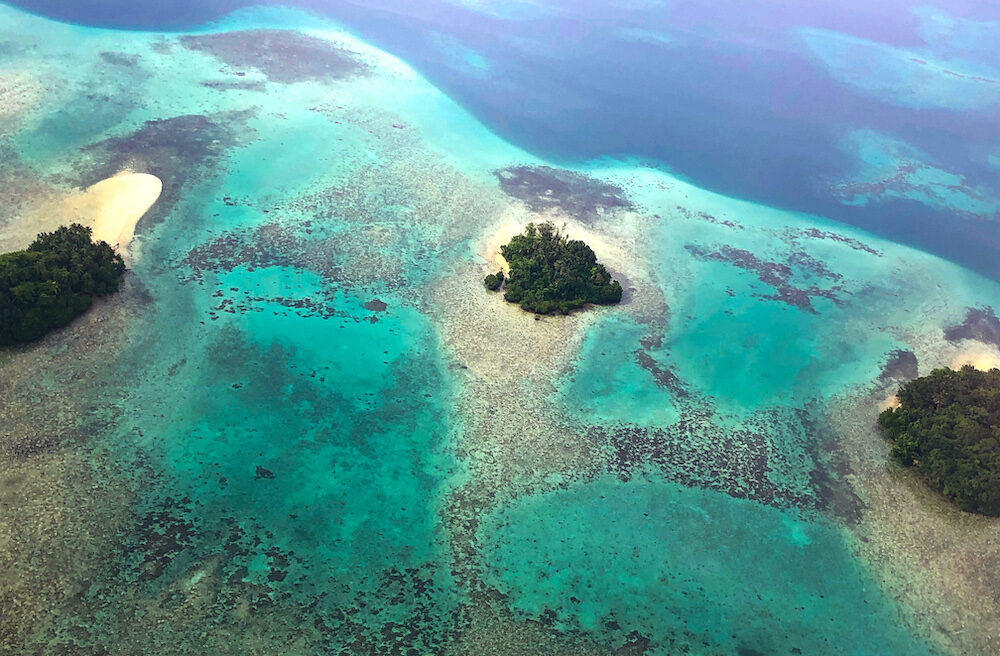 Small islands of the Solomon Islands from the air
