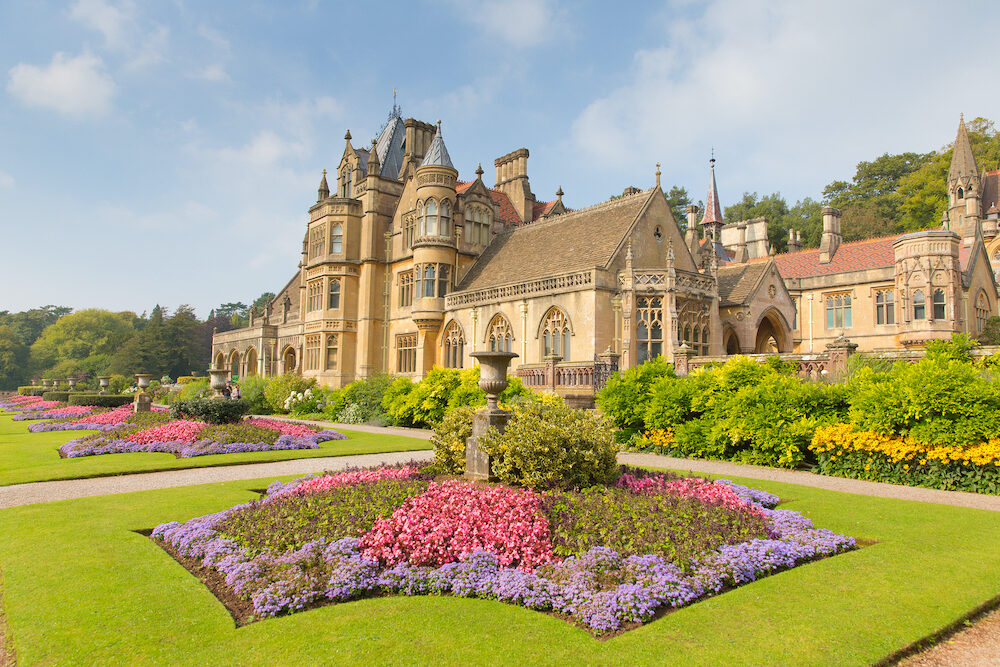 WRAXHALL, NORTH SOMERSET-September sunshine and warm weather drew visitors to the beautiful gardens at Tyntesfield House, Wraxhall, North Somerset, England UK