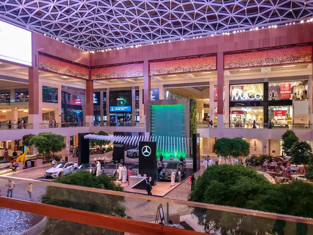 Beautiful shot of Yas Mall interior design and lights in Abu Dhabi city - Abu Dhabi, UAE