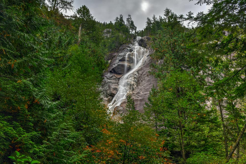 Shannon Falls, the third highest waterfall in British Columbia, Canada, where water falls from a height of 335 meters